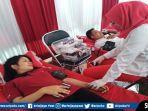 karyawan-pizza-hut-restoran-palembang-melakukan-donor-darah-di-halaman-resto.jpg