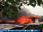 kebakaran-di-kawasan-boombaru-jalan-perintis-kemerdekaan.jpg