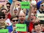 kelompok-lgbt-lesbian-gay-biseksual-dan-transjender_20160220_110718.jpg