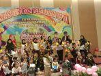 ketua-yayasan-zamzami-foundation-berbaur-bersama-anak-anak-saat-pelepasan_20180515_145134.jpg