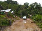 longsor-melanda-kabupaten-empat-lawang-di-desa-lingge-kecamatan-pendopo-barat.jpg