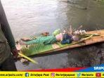 mayat-seorang-perempuan-yang-di-sungai-komering-desa-tanjung-sari_20181027_130043.jpg