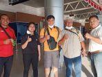 para-atlet-sumsel-foto-bersama-di-bandara-smb-ii-palembang.jpg