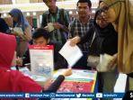 para-pencari-kerja-mengikuti-job-fair-yang-digelar-di-universitas-muhammadiyah-palembang21.jpg