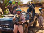para-personel-polda-sumsel-saat-sedang-berada-di-kota-bangui-afrika-tengah.jpg