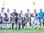 para-skuat-tim-sriwijaya-fc-bersama-coach-nil-maizar.jpg