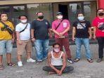 pelaku-penusukan-di-15-ulu-ditangkap.jpg