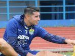 pemain-naturalisasi-persib-bandung-akan-absen-pada-laga-perdana-liga-i-indonesia-18-mei.jpg