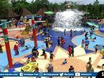 pengunjung-memadati-tawan-wisata-air-amanzi-waterpark-yang-berlokasi-di-kompleks-citragrand-city.jpg