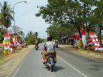 penjual-umbul-umbul-di-jalinsum-kabupaten-muratara.jpg