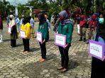 penyerahan-bantuan-dana-untuk-mahasiswa.jpg