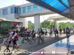 pesepeda-brompton-dalam-acara-bike-goes-to-safe-travel.jpg