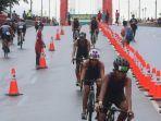 peserta-triathlon.jpg