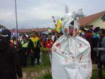 pocong-ikut-karnaval_20170818_140638.jpg