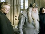professor-hogwarts_20180529_175309.jpg