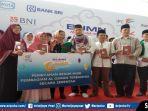 pt-pelabuhan-indonesia-ii-menyerahkan-bantuan-beasiswa.jpg