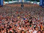 ratusan-ribu-orang-berkumpul-di-berlin-23823.jpg