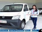 sales-counter-dfsk-sriwijaya-motor-memamerkan-super-cab.jpg