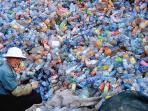 sampah-botol-plastik.jpg
