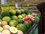 semangka-merah-hypermart.jpg