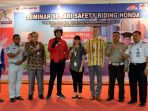 seminar-safety-riding_20171008_204317.jpg