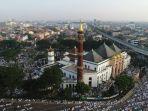 sholat-ied-di-masjid-agung-drone-1.jpg