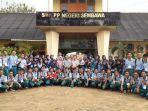 siswa-siswi-smk-pertanian-pembangunan-negeri-sembawa_20180510_144512.jpg