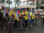suasana-ribuan-peserta-funbike-indomaret-sriwijaya-post-tribun-sumsel-2016_20161030_091639.jpg