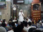 syeikh-ali-jaber-pada-saat-mengisi-tabligh-akbar-di-masjid-jami-annur-sekayu-muba.jpg