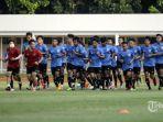 timnas-indonesia-u-19-berlatih-di-stadion-madya.jpg
