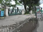 trotoar-masjid-agung-nampak-rusak-dan-retak_20180510_130058.jpg