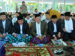 walikota-palembang-harnojoyo-tengah-bersama-gubernur-sumsel-herman-deru-kiri.jpg