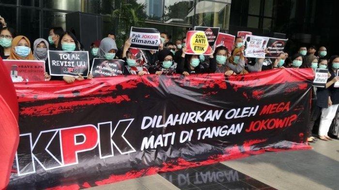 Utimatum Jokowi Soal Pemecatan 56 Pegawai KPK Tak Digubris, Mahasiswa BEM SI dan GASAK Gelar Demo