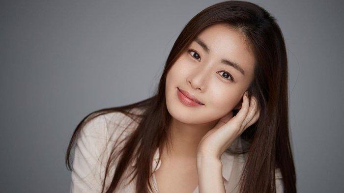 Kabar Bahagia! Seleb Korea Kang Sora Tengah Nantikan Anak Pertama