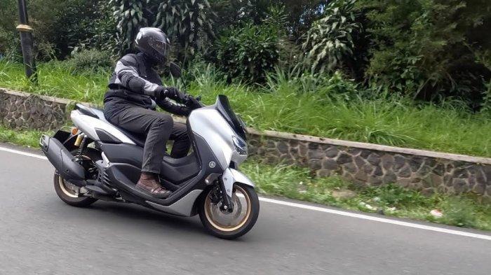 Tips Jaga Traksi Roda saat Berkendara Ala Yamaha