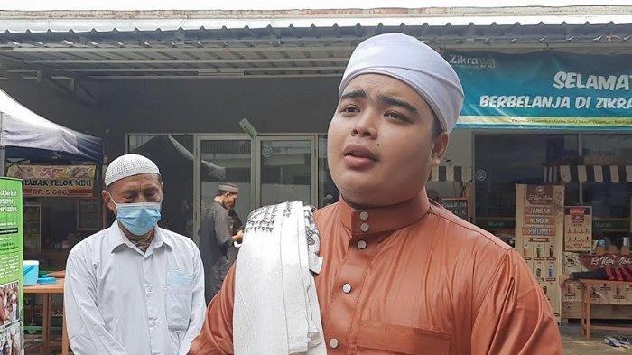 Ameer Azzikra saat ditemui di kawasan pesantren Az-Zikra Sentul Kabupaten Bogor, Kamis (4/6/2021). Ameer Azzikra buka suara soal kabar Alvin Faiz mengambil mobil dari sang mantan istri, Larissa Chou.