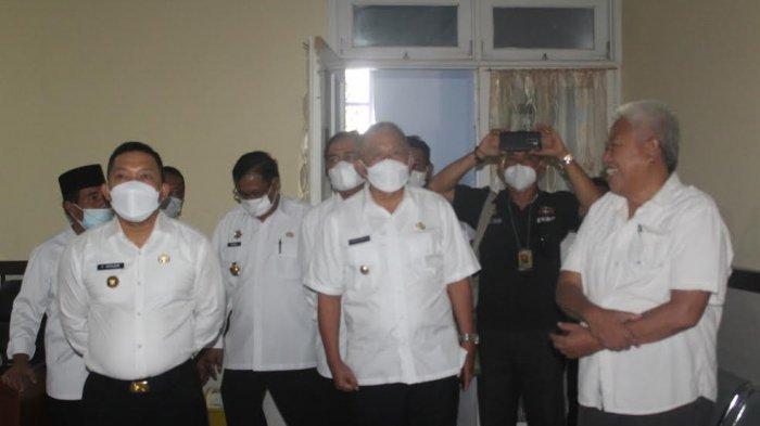 Hari Pertama Menjabat Bupati Banggai, Amirudin-Furqanuddin Sidak Ruang Kerja OPD