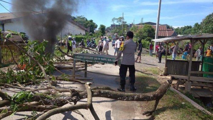 Warga Gowa Gelar Aksi Tolak Pemakaman Pasien Covid-19 dengan Bakar Ban, Polisi Ringkus 4 Orang