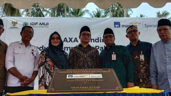 AXA Mandiri Syariah Bantu Pembangunan Hunian untuk Pegiat Pendidikan Muslim Korban Bencana Palu