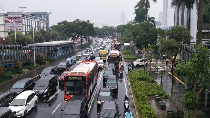 Jakarta Kembali Banjir, Jalan MH Thamrin, Jalan Sudirman, hingga Jalan Asia Afrika Macet