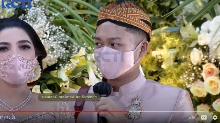 Selebriti Ayu Dewi mengaku menyesal setelah mendengar pesan dari putra Anang Hermansyah, Azriel untuk tunangan kakaknya Aurel, YouTuber  Atta Halilintar.