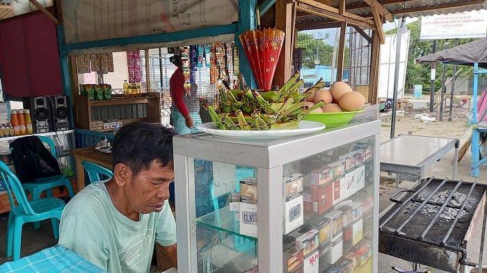 Sehari Jelang Larangan Mudik Berlaku, Pedagang Lalampa Toboli Raup Untung Banyak