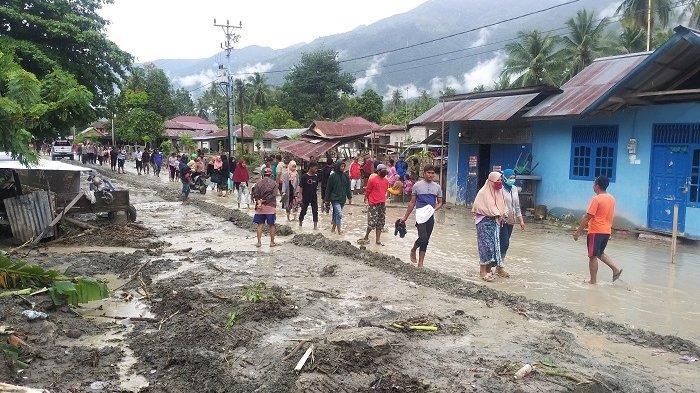 Update Banjir Desa Beka: 250 KK Terdampak, Warga Mengungsi ke Pasar Dolo Kabupaten Sigi