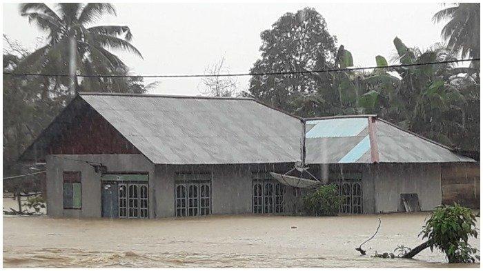 Hujan Deras Sebabkan Banjir di Kabupaten Banggai, Dua Kecamatan Terendam