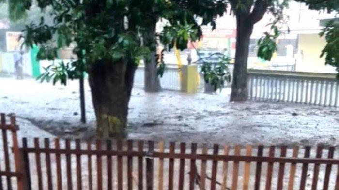 Banjir Landa Gorontalo dan Bone Bolango akibat Luapan Air Sungai Bone, Warga Kembali ke Pengungsian