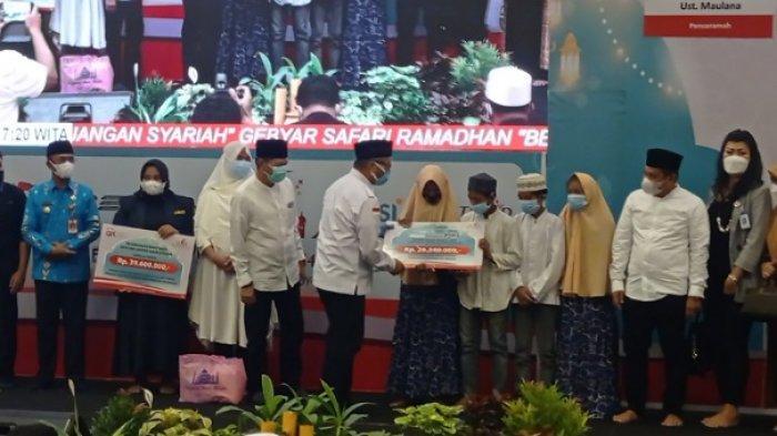 Gebyar Safari Ramadan: OJK dan FKIJK Sulteng Beri Bantuan ke Panti Asuhan dan Jompo
