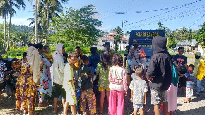 Polisi Kawal Penyaluran Bantuan 2,59 Ton Beras ke Penerima Program Keluarga Harapan di Sigi