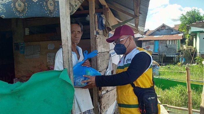 BMC Peduli, 15 Paket Sembako untuk Warga di Hulu Sungai Gebangrejo Timur Poso
