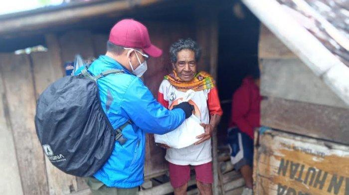 BMC Peduli Salurkan 15 Paket Sembako di Matantimali Sigi