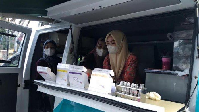 Badan Pengawas Obat dan Makanan (BPOM) gencar memeriksa jajanan buka puasa di Pasar Ramadan Luwuk, Kabupaten Banggai, Sulawesi Tengah.